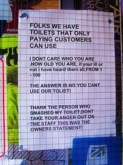 customer-angry-toilet